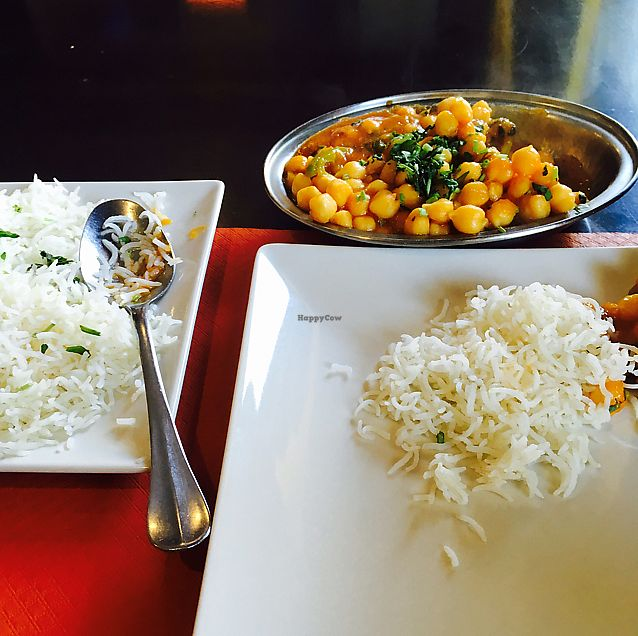 """Photo of Taj Mahal Sevilla - Santa Justa  by <a href=""""/members/profile/CatMcAlister"""">CatMcAlister</a> <br/>spicy chickpeas  <br/> September 17, 2017  - <a href='/contact/abuse/image/85706/305350'>Report</a>"""