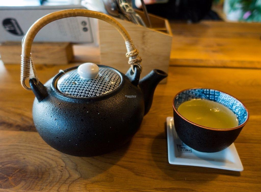 "Photo of Bibimcup  by <a href=""/members/profile/DusselDaene"">DusselDaene</a> <br/>Green tea (very nice Korean tea) <br/> April 8, 2017  - <a href='/contact/abuse/image/85721/245846'>Report</a>"