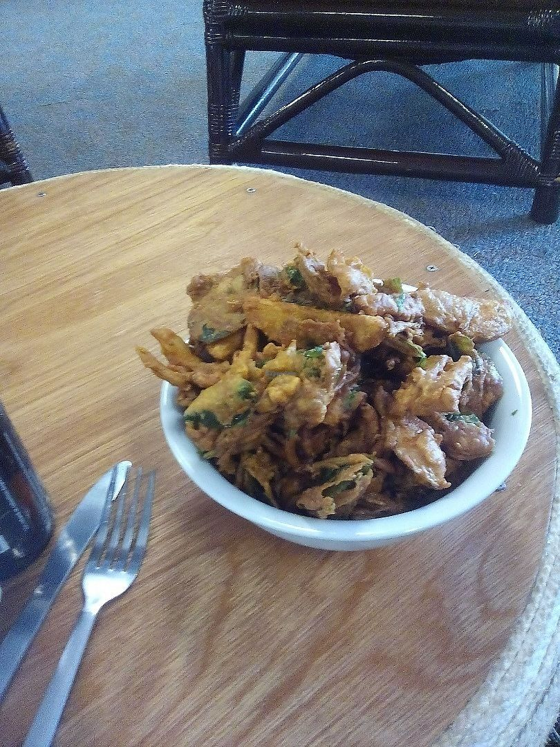 """Photo of Kings Wholefood Artisan  by <a href=""""/members/profile/Rico"""">Rico</a> <br/>Crunchy, delicious pakora <br/> June 12, 2017  - <a href='/contact/abuse/image/85769/268406'>Report</a>"""