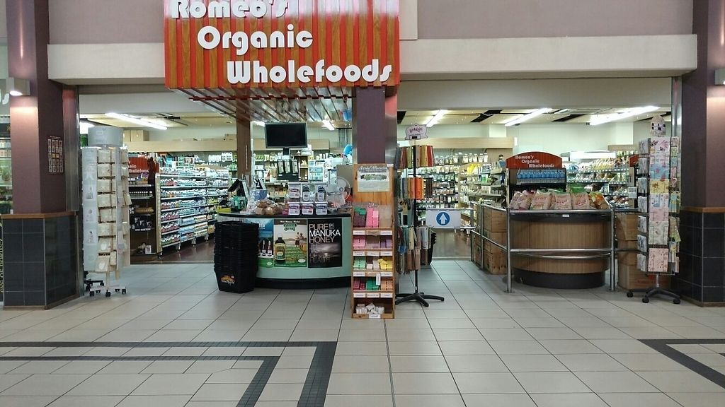 """Photo of Romeo's Organic Wholefoods  by <a href=""""/members/profile/Beckanoid"""">Beckanoid</a> <br/>Shop Front <br/> January 20, 2017  - <a href='/contact/abuse/image/85802/213388'>Report</a>"""