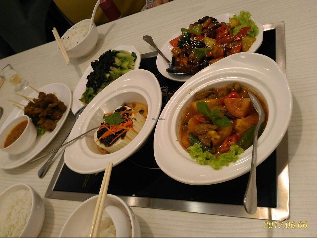 """Photo of Mama Vege - Raja Uda  by <a href=""""/members/profile/YiWei"""">YiWei</a> <br/>all the dishes we ordered  <br/> June 6, 2017  - <a href='/contact/abuse/image/85890/266340'>Report</a>"""