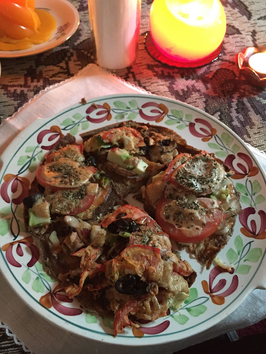 """Photo of Nata Raw  by <a href=""""/members/profile/plantsforants"""">plantsforants</a> <br/>Raw Pizza! OMG YUM! <br/> October 25, 2017  - <a href='/contact/abuse/image/85899/318764'>Report</a>"""