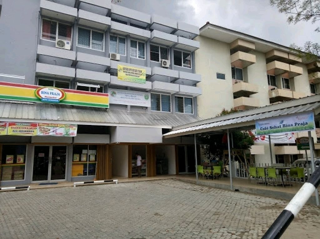 """Photo of Cafe Sehat Bina Praja  by <a href=""""/members/profile/ArisSaputra"""">ArisSaputra</a> <br/>Front view <br/> January 2, 2018  - <a href='/contact/abuse/image/85915/341958'>Report</a>"""