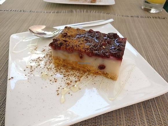 """Photo of Organi Chiado  by <a href=""""/members/profile/Meaks"""">Meaks</a> <br/>Vegan Cheesecake <br/> June 23, 2017  - <a href='/contact/abuse/image/85979/272559'>Report</a>"""