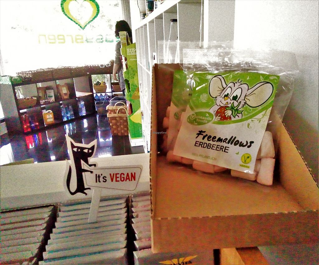 """Photo of EasyGreen Foodstore  by <a href=""""/members/profile/Anticopy"""">Anticopy</a> <br/>marshmallows <br/> July 29, 2017  - <a href='/contact/abuse/image/86006/286371'>Report</a>"""