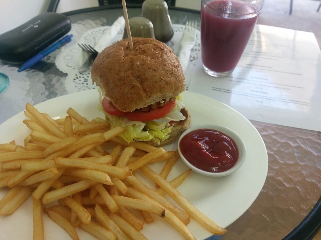 """Photo of The Jolly Pig   by <a href=""""/members/profile/weirdunclebob"""">weirdunclebob</a> <br/>Vegan burger & Apple and Blackcurrant Nudie Juice  <br/> February 1, 2017  - <a href='/contact/abuse/image/86030/220477'>Report</a>"""