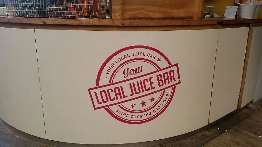 """Photo of ESO Juice Company - V & A Waterfront  by <a href=""""/members/profile/konlish"""">konlish</a> <br/>Bar Stall <br/> January 27, 2017  - <a href='/contact/abuse/image/86073/217736'>Report</a>"""