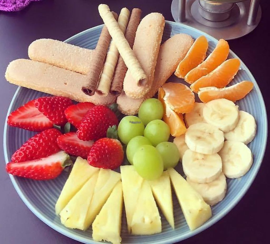 """Photo of Estefanea Cafe  by <a href=""""/members/profile/CNeves"""">CNeves</a> <br/>Chocolate fondue with fresh fruits and gluten-free cake <br/> March 24, 2017  - <a href='/contact/abuse/image/86105/242845'>Report</a>"""
