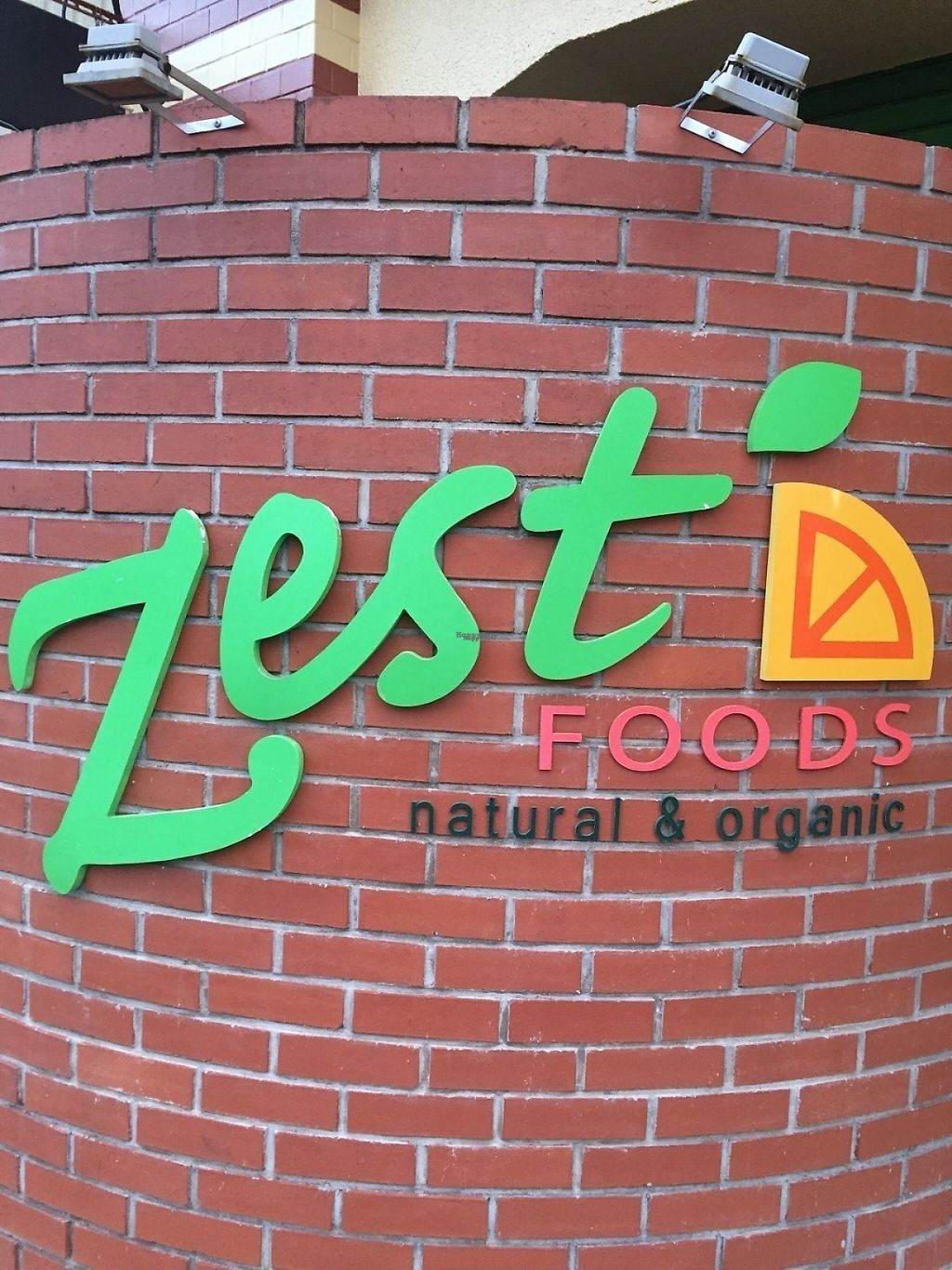 """Photo of Zest Foods  by <a href=""""/members/profile/Vegeiko"""">Vegeiko</a> <br/>Outside of a shop <br/> January 29, 2017  - <a href='/contact/abuse/image/86193/219201'>Report</a>"""