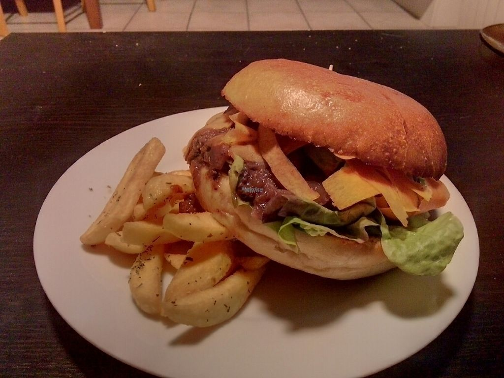 """Photo of Aux Petits Oignons  by <a href=""""/members/profile/wzylberm"""">wzylberm</a> <br/>Delicious Apple (""""pomme"""") vegan burger and fries <br/> April 17, 2017  - <a href='/contact/abuse/image/86206/249405'>Report</a>"""