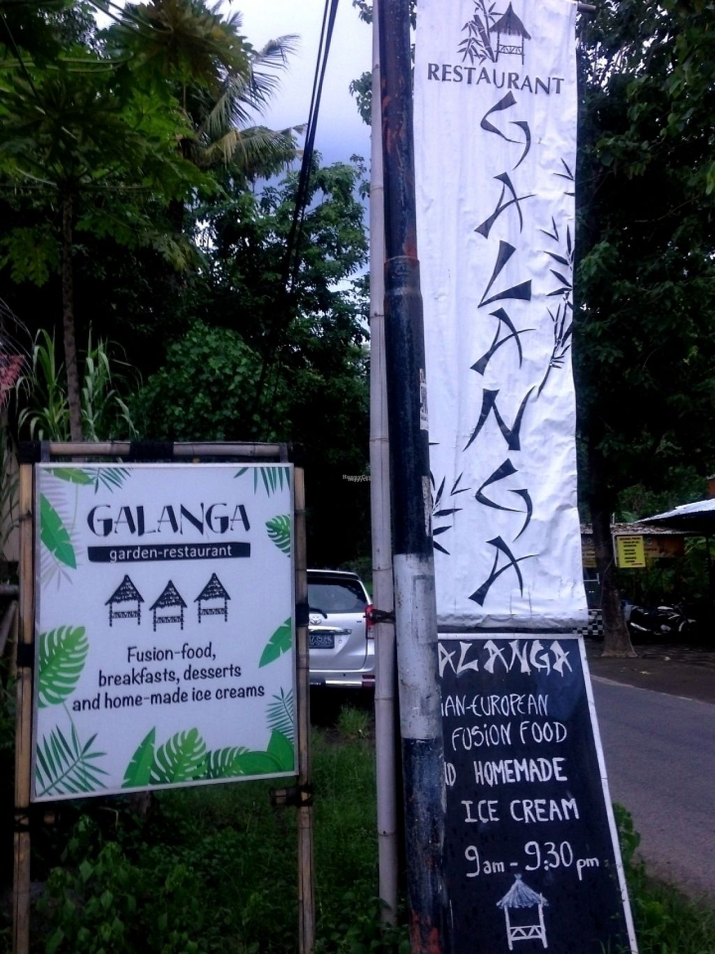 """Photo of Galanga  by <a href=""""/members/profile/becx.ray"""">becx.ray</a> <br/>Sign outside the road <br/> January 31, 2017  - <a href='/contact/abuse/image/86237/220128'>Report</a>"""