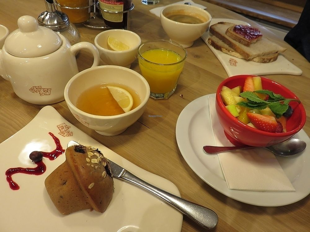 """Photo of Le Pain Quotidien  by <a href=""""/members/profile/TrudiBruges"""">TrudiBruges</a> <br/>Breakfast at Le Pain Quotidien, Louvain <br/> September 25, 2017  - <a href='/contact/abuse/image/86340/308207'>Report</a>"""