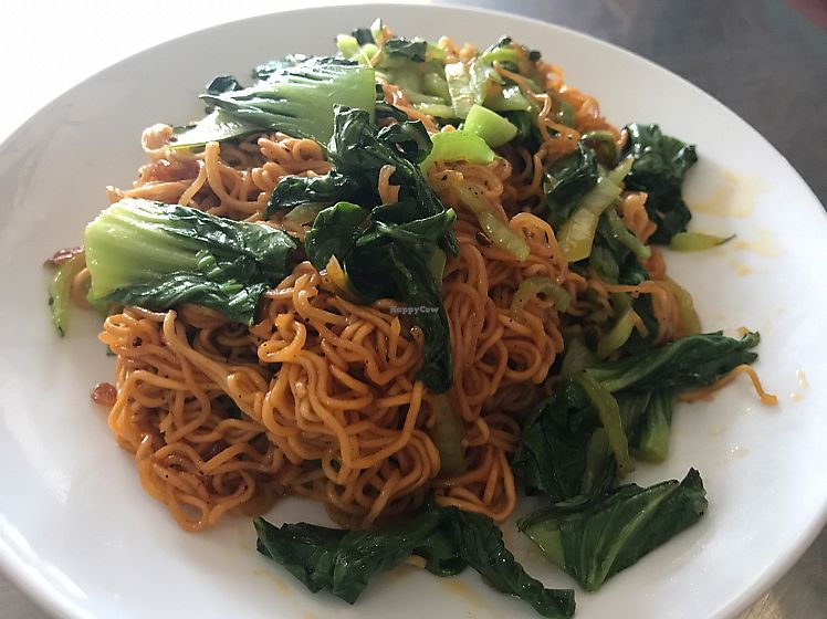 """Photo of A Little Vietnam  by <a href=""""/members/profile/JessicaEatsFood"""">JessicaEatsFood</a> <br/>fried noodle with vegetable, pretty yummy! <br/> August 10, 2017  - <a href='/contact/abuse/image/86361/291097'>Report</a>"""