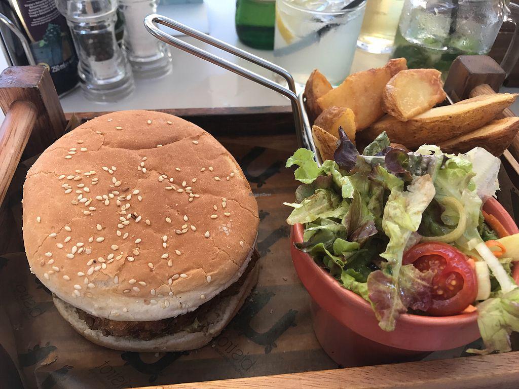 "Photo of Naar RestoBar  by <a href=""/members/profile/NatalieJadeW"">NatalieJadeW</a> <br/>Vegan Burger <br/> June 27, 2017  - <a href='/contact/abuse/image/86405/274048'>Report</a>"