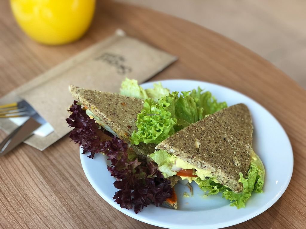 """Photo of Secret of Raw  by <a href=""""/members/profile/flubbrik"""">flubbrik</a> <br/>Raw vegan sandwich <br/> February 18, 2018  - <a href='/contact/abuse/image/86428/361033'>Report</a>"""