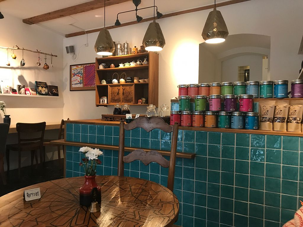 """Photo of Blend Teehaus  by <a href=""""/members/profile/Kaikaikai"""">Kaikaikai</a> <br/>great tea selection :) <br/> June 27, 2017  - <a href='/contact/abuse/image/86442/273998'>Report</a>"""