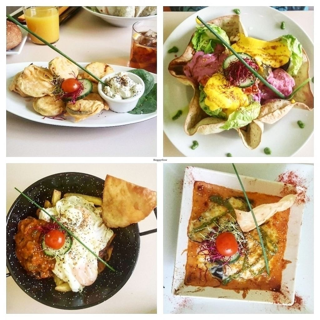 """Photo of Yerbabuena - Hileras  by <a href=""""/members/profile/Taowaki"""">Taowaki</a> <br/>zucchini fritters, tofu salad, egg with potatoes, moussaka <br/> June 3, 2017  - <a href='/contact/abuse/image/86491/265375'>Report</a>"""