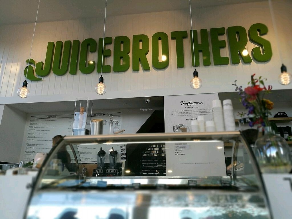 "Photo of CLOSED: Juice Brothers  by <a href=""/members/profile/InbalTenembaum"">InbalTenembaum</a> <br/>JuiceBrothers <br/> September 24, 2017  - <a href='/contact/abuse/image/86566/307925'>Report</a>"