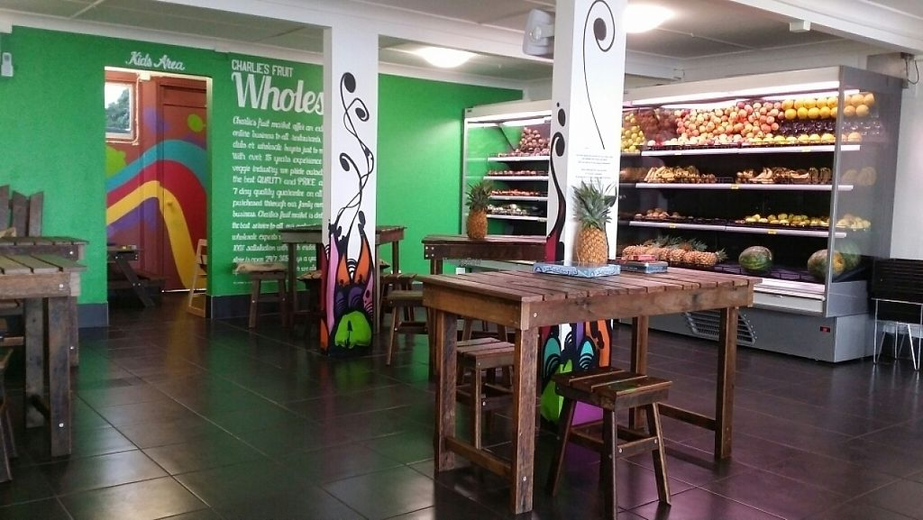 """Photo of Charlie's Raw Squeeze - Clontarf  by <a href=""""/members/profile/Mike%20Munsie"""">Mike Munsie</a> <br/>seating & fruit + veg <br/> April 22, 2017  - <a href='/contact/abuse/image/86579/250769'>Report</a>"""