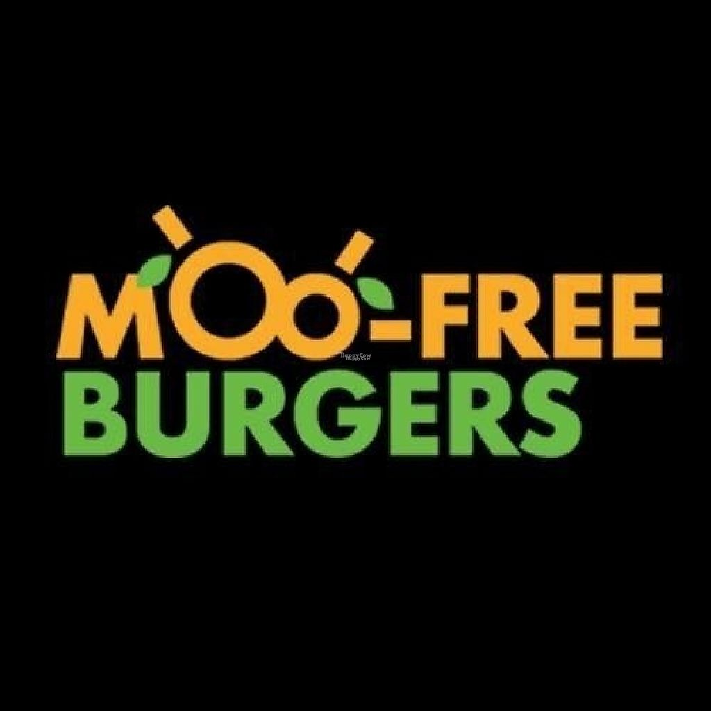 "Photo of MooFree Burgers - North Lakes  by <a href=""/members/profile/Ladylock"">Ladylock</a> <br/>Moofree burgers logo  <br/> February 4, 2017  - <a href='/contact/abuse/image/86582/221792'>Report</a>"