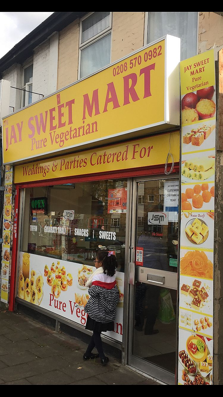 """Photo of Jay Sweet Mart   by <a href=""""/members/profile/vegpilot"""">vegpilot</a> <br/>Frontage  <br/> October 3, 2017  - <a href='/contact/abuse/image/86664/311392'>Report</a>"""