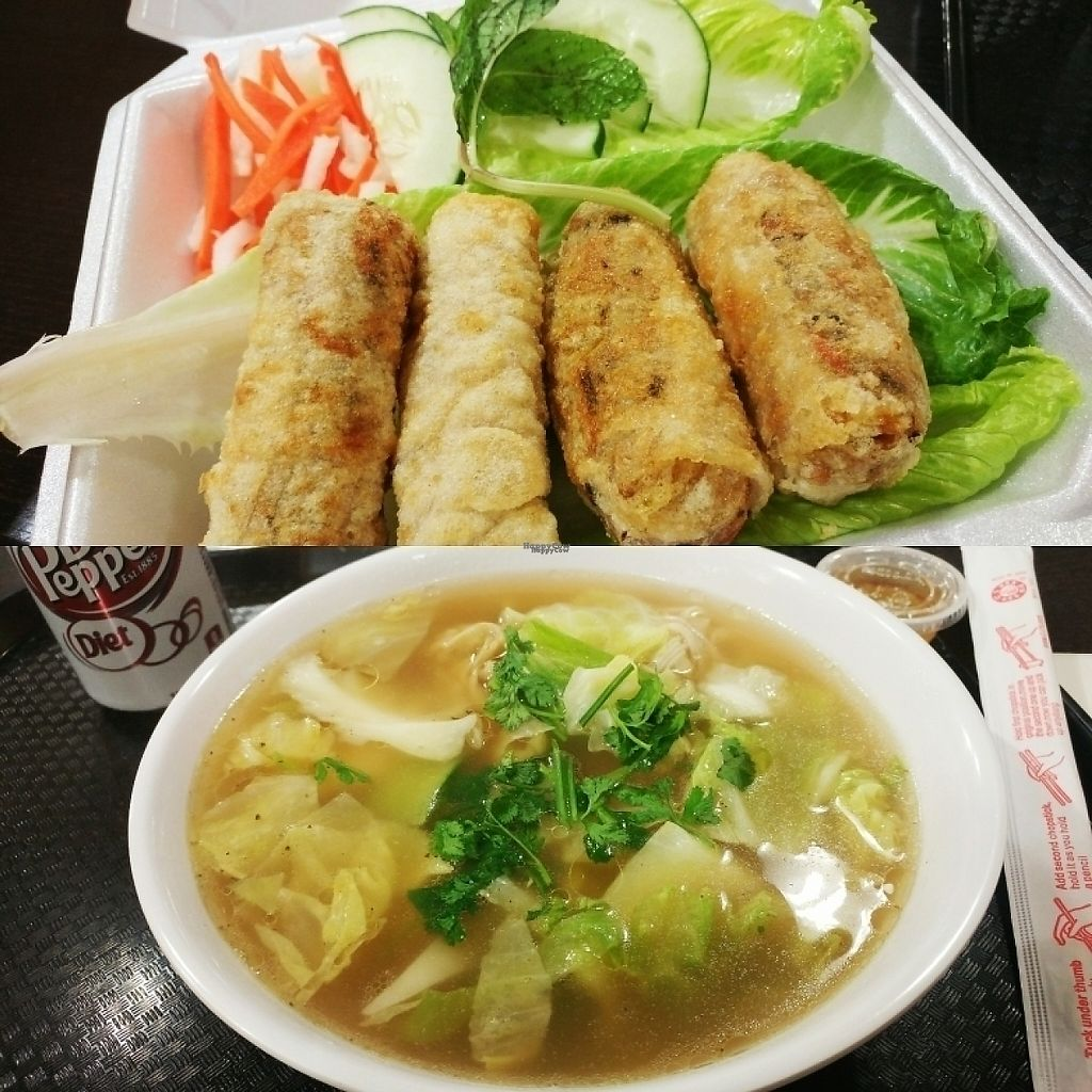 "Photo of VeggiEAT Xpress  by <a href=""/members/profile/Elle702"">Elle702</a> <br/>Egg rolls and wonton soup.  <br/> April 3, 2017  - <a href='/contact/abuse/image/86667/244428'>Report</a>"