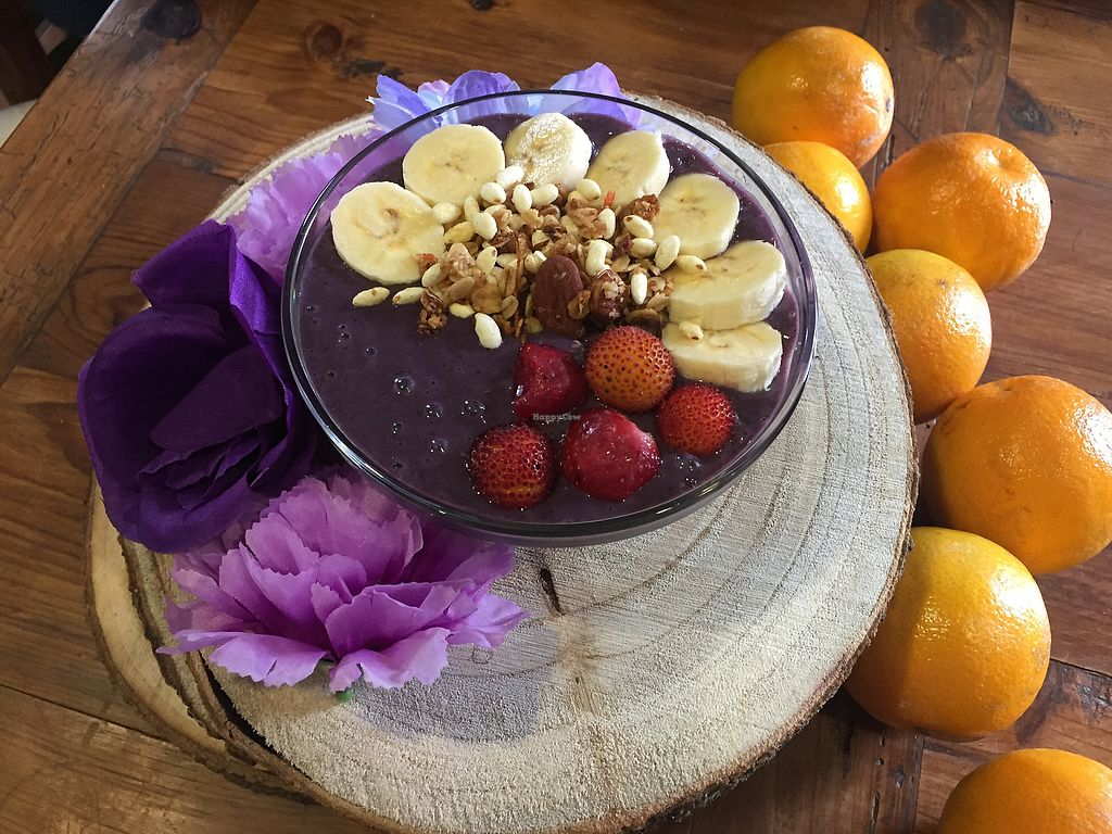 """Photo of The Farmacy Cafe  by <a href=""""/members/profile/eatyourveggies"""">eatyourveggies</a> <br/>berrylicious smoothie bowl <br/> July 15, 2017  - <a href='/contact/abuse/image/86671/280552'>Report</a>"""