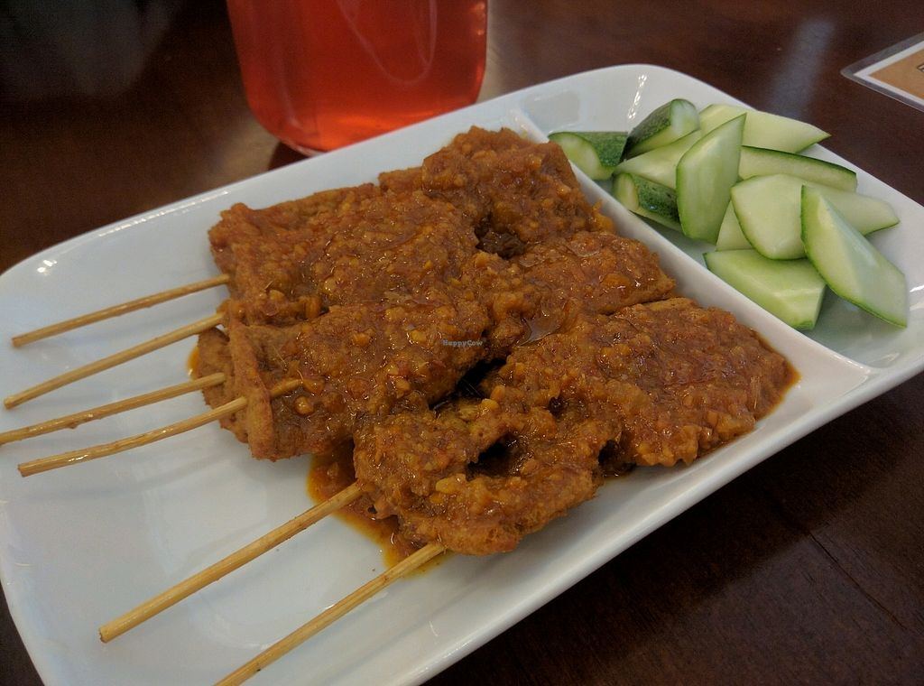 "Photo of Xiang Yun Vegetarian  by <a href=""/members/profile/Summer_Tan"">Summer_Tan</a> <br/>A2: Soy Satay - RM8.90 = Not the best Vegetarian satay I've had, but still a solid dish <br/> January 28, 2018  - <a href='/contact/abuse/image/86691/351905'>Report</a>"