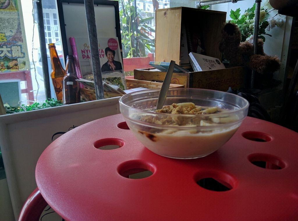 "Photo of Shia's Homemade Granola  by <a href=""/members/profile/Summer_Tan"">Summer_Tan</a> <br/>Nangka Nana Smoothie Bowl - RM14 (extra RM2 for almond milk alternative to yoghurt) Banana, Jackfruit and Almond Milk smoothie, topped with Chia Seed, Granola and Gula Melaka. Pretty good and creamy. Portion is ok <br/> February 2, 2018  - <a href='/contact/abuse/image/86692/353877'>Report</a>"