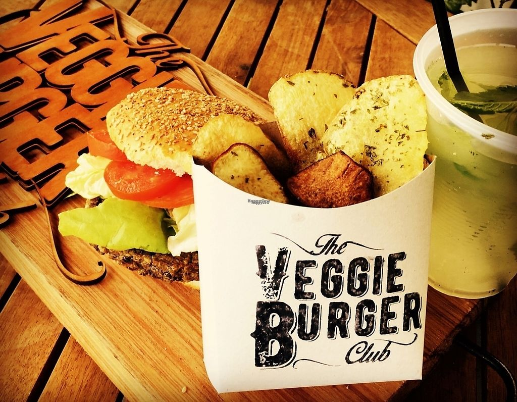 """Photo of The Veggie Burger Club Food Truck  by <a href=""""/members/profile/NicolasWeiner"""">NicolasWeiner</a> <br/>Combo <br/> March 13, 2017  - <a href='/contact/abuse/image/86708/235866'>Report</a>"""