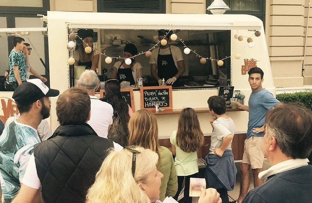 """Photo of The Veggie Burger Club Food Truck  by <a href=""""/members/profile/NicolasWeiner"""">NicolasWeiner</a> <br/>LaRural <br/> March 13, 2017  - <a href='/contact/abuse/image/86708/235871'>Report</a>"""