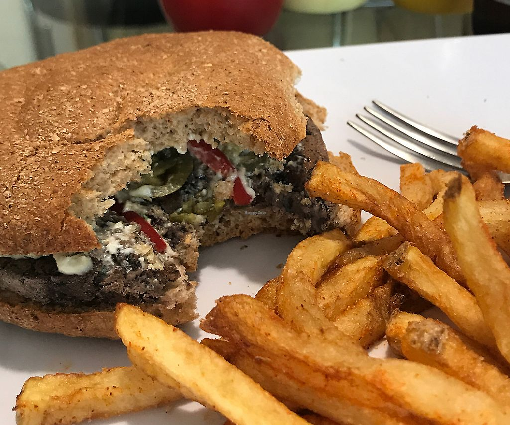 """Photo of Go Green  by <a href=""""/members/profile/Raymo"""">Raymo</a> <br/>Quinoa burger with peppers, jalapeño and vegan cream cheese <br/> April 20, 2017  - <a href='/contact/abuse/image/86796/289523'>Report</a>"""