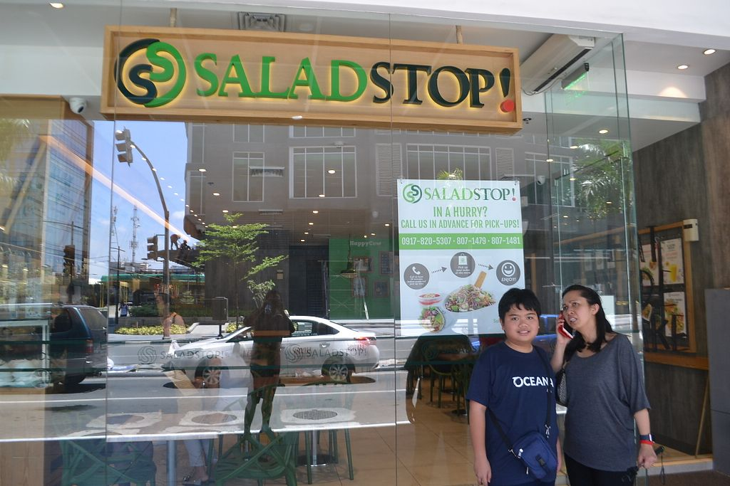 """Photo of Salad Stop - Burgos Circle  by <a href=""""/members/profile/biointegrative"""">biointegrative</a> <br/>Salad Stop Makati <br/> May 14, 2018  - <a href='/contact/abuse/image/86803/399508'>Report</a>"""