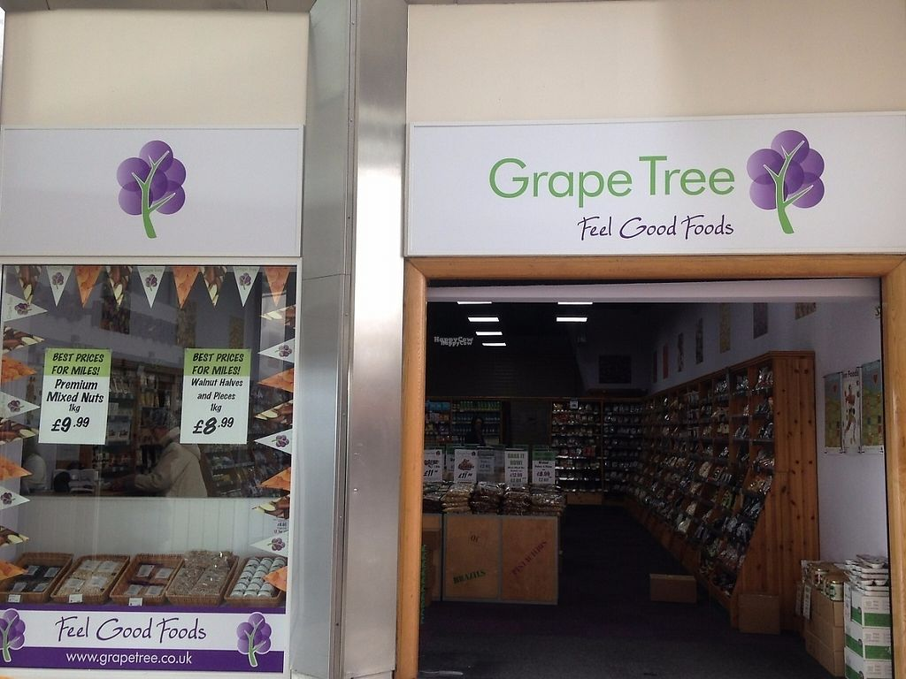 """Photo of Grape Tree  by <a href=""""/members/profile/charclothier"""">charclothier</a> <br/>outside store view in the quadrant <br/> February 17, 2017  - <a href='/contact/abuse/image/86827/227672'>Report</a>"""