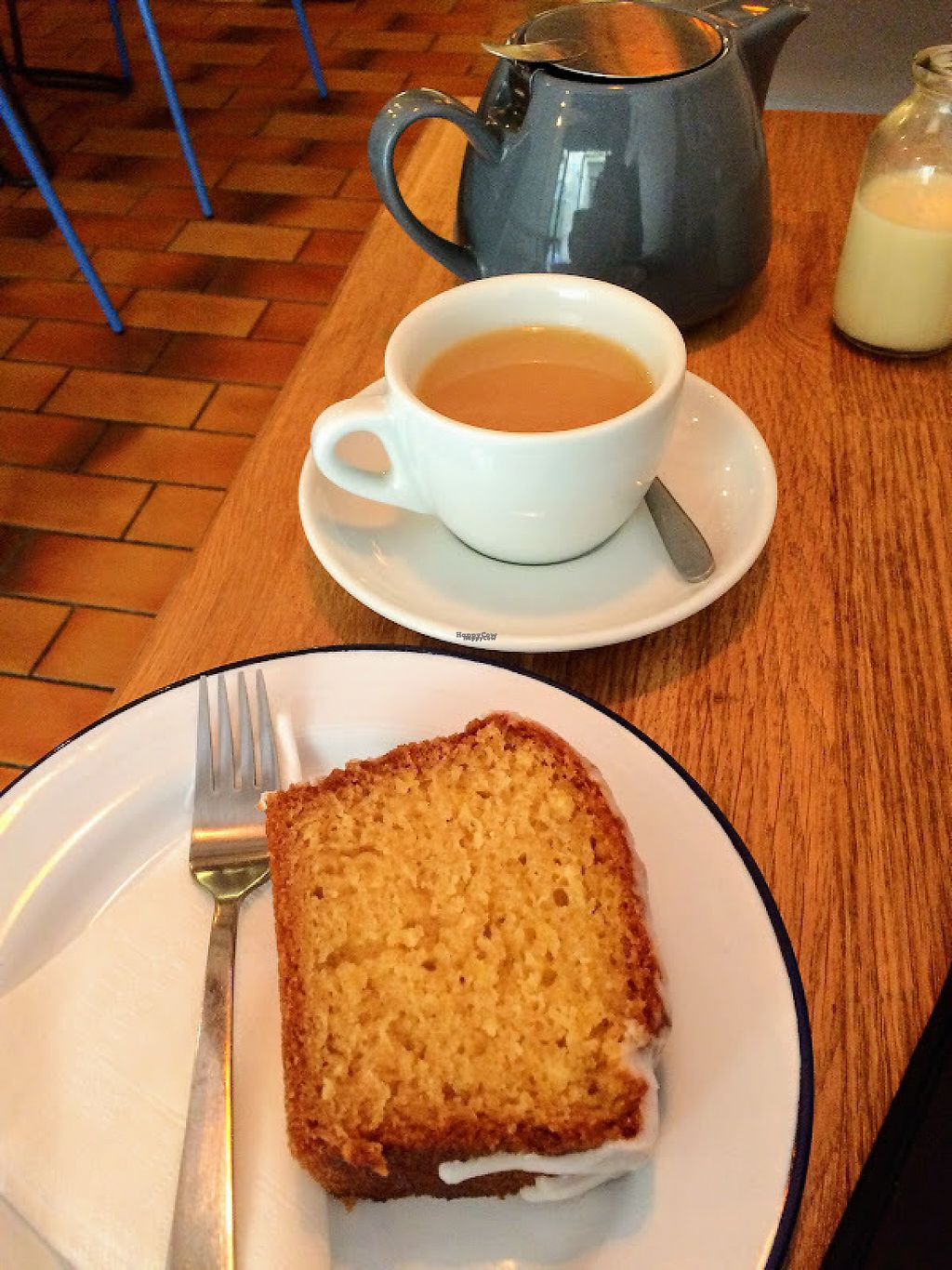 """Photo of Mana Espresso  by <a href=""""/members/profile/sophiecow"""">sophiecow</a> <br/>The most delicious vegan iced lemon cake and a pot of earl grey tea with soya milk <br/> February 14, 2017  - <a href='/contact/abuse/image/86875/226579'>Report</a>"""