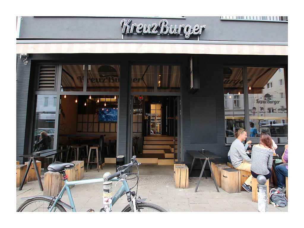"Photo of KreuzBurger - Rosenthaler  by <a href=""/members/profile/C%C3%A1tiaRodrigues"">CátiaRodrigues</a> <br/>burger restaurant <br/> February 8, 2017  - <a href='/contact/abuse/image/86886/224383'>Report</a>"