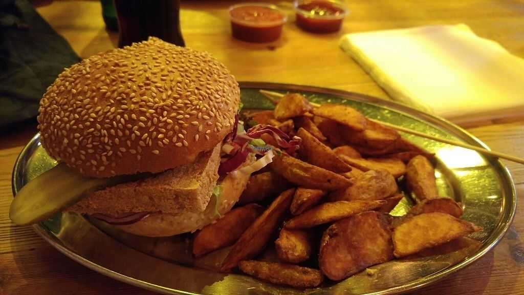 "Photo of KreuzBurger - Rosenthaler  by <a href=""/members/profile/judgecal"">judgecal</a> <br/>Tofu Burger and country wedges.  <br/> April 7, 2017  - <a href='/contact/abuse/image/86886/245598'>Report</a>"