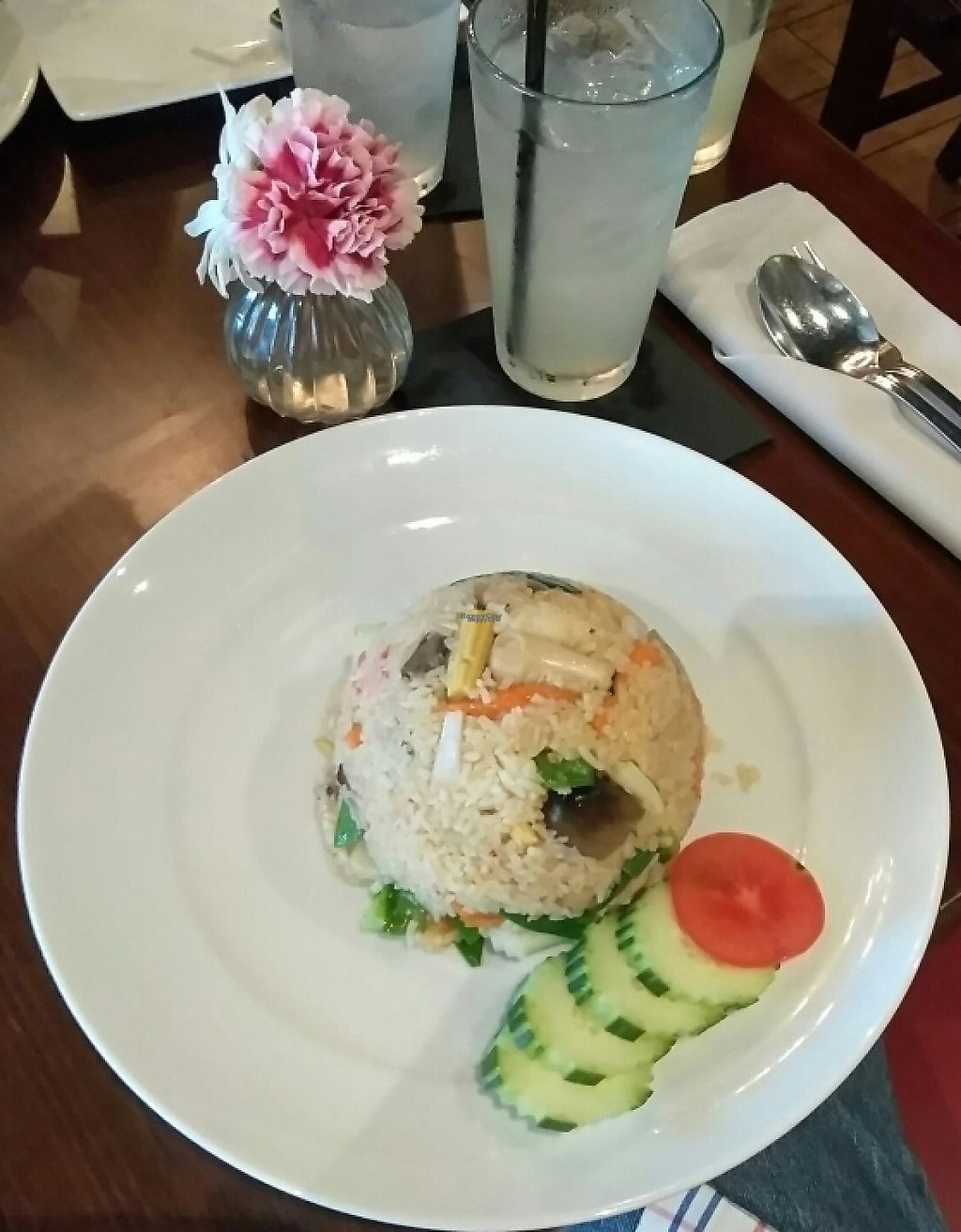 """Photo of Thailicious  by <a href=""""/members/profile/Tonydetra"""">Tonydetra</a> <br/>Bangkok Fried Rice, vegetable no egg <br/> March 19, 2017  - <a href='/contact/abuse/image/86904/238426'>Report</a>"""