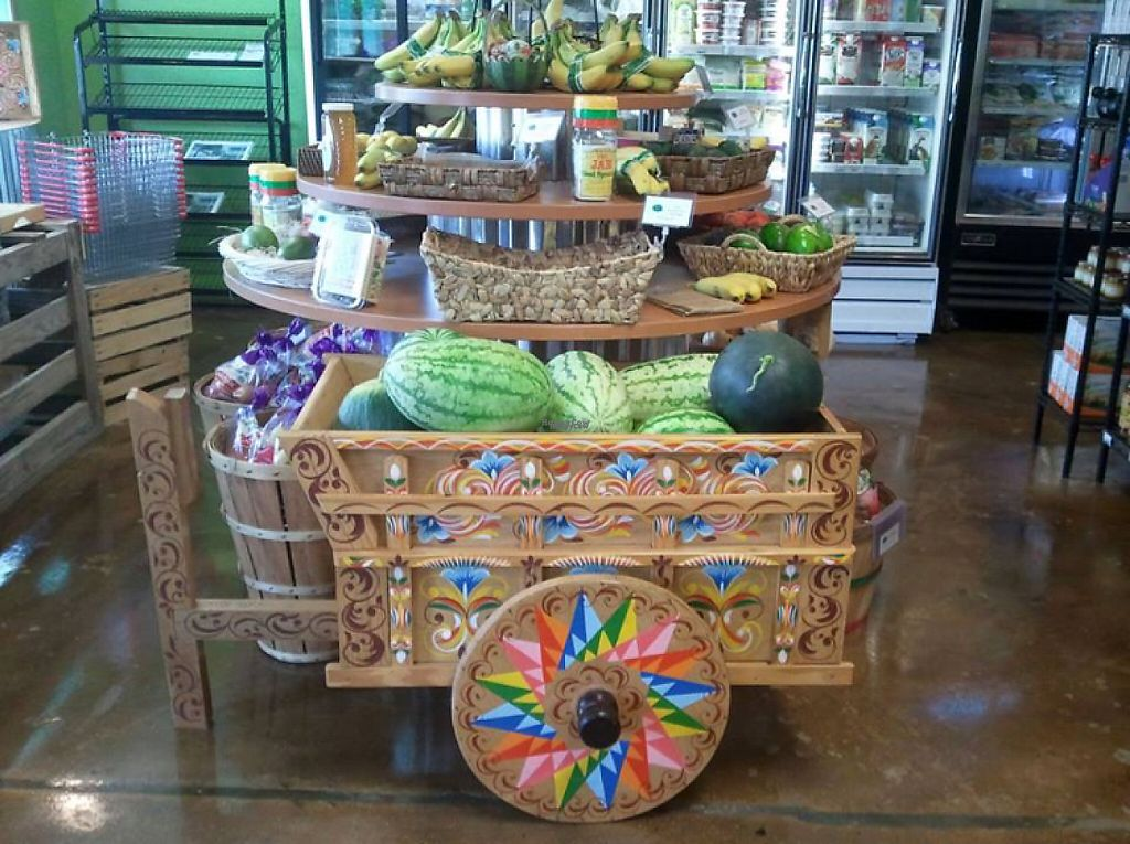 """Photo of Bay Leaf Market  by <a href=""""/members/profile/Ratail252"""">Ratail252</a> <br/>festive melon! <br/> February 9, 2017  - <a href='/contact/abuse/image/86946/224754'>Report</a>"""