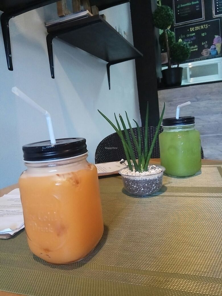 """Photo of Lun-Haw Vegan Cafe  by <a href=""""/members/profile/GeckoHeaven"""">GeckoHeaven</a> <br/>Fresh juices <br/> June 12, 2017  - <a href='/contact/abuse/image/86953/268277'>Report</a>"""