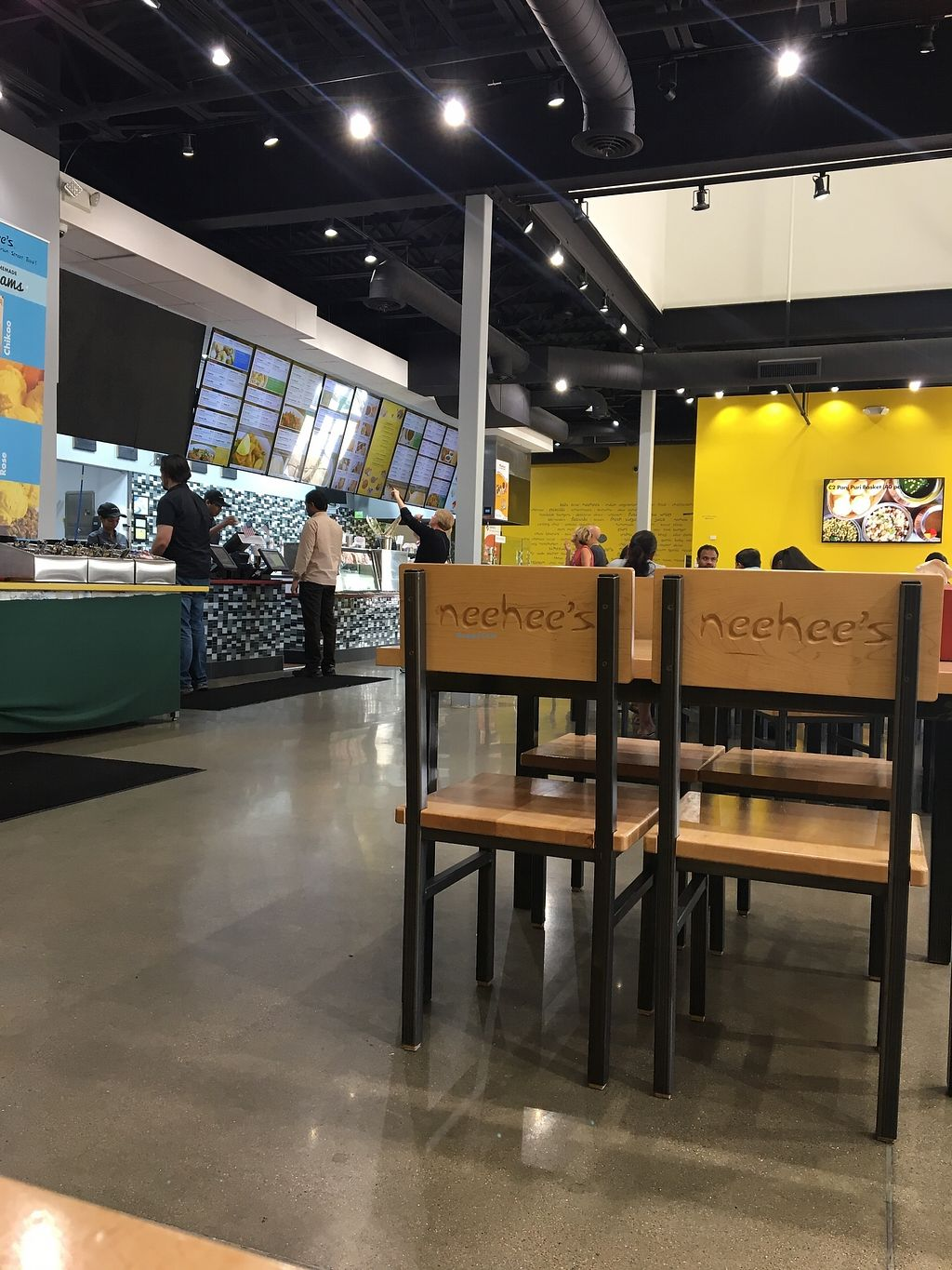 """Photo of Neehee's  by <a href=""""/members/profile/JacquelineKeena"""">JacquelineKeena</a> <br/>Inside restaurant  <br/> September 16, 2017  - <a href='/contact/abuse/image/86956/305072'>Report</a>"""