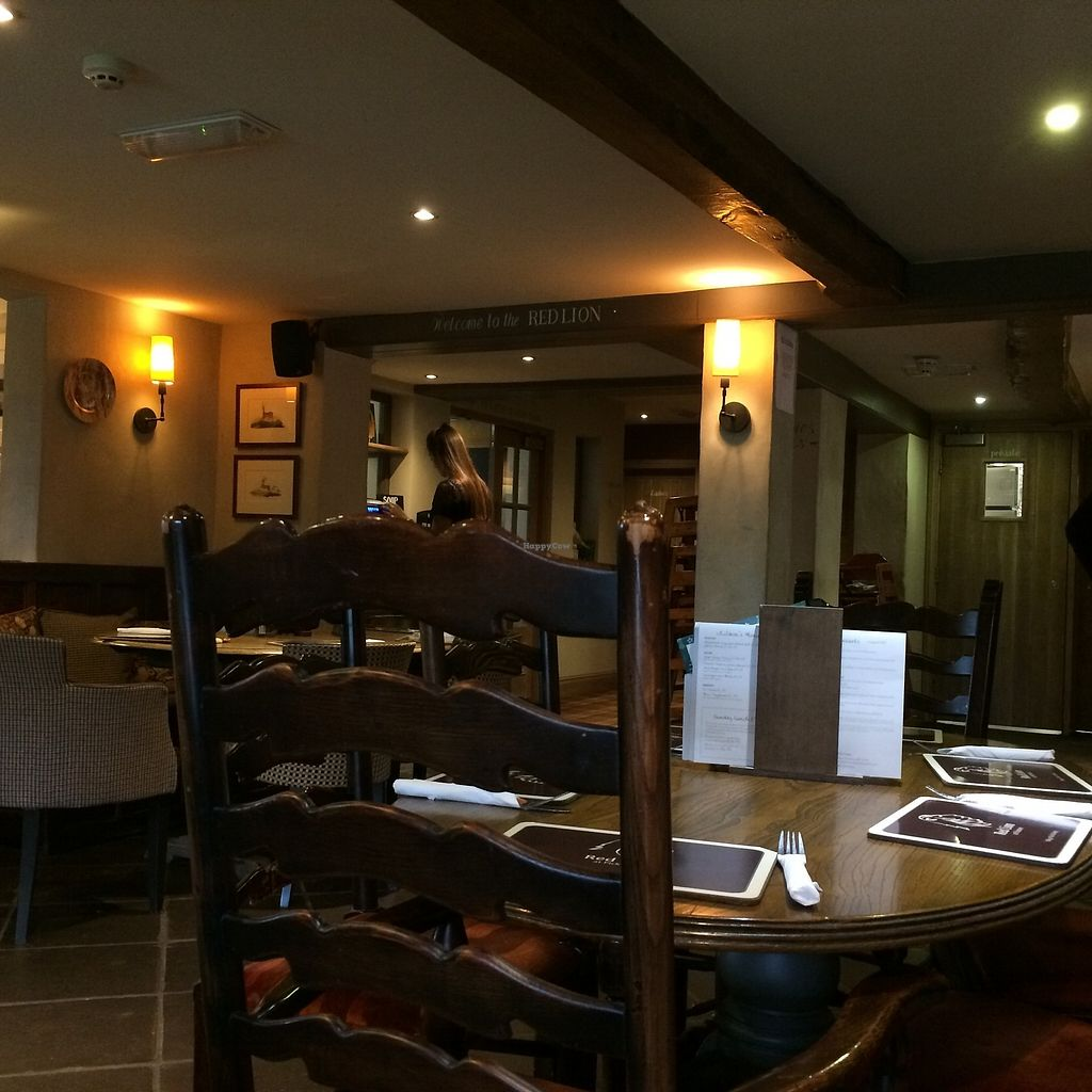 "Photo of Red Lion at Pickmere  by <a href=""/members/profile/Hoggy"">Hoggy</a> <br/>Inside the Red Lion <br/> October 19, 2017  - <a href='/contact/abuse/image/87029/316661'>Report</a>"