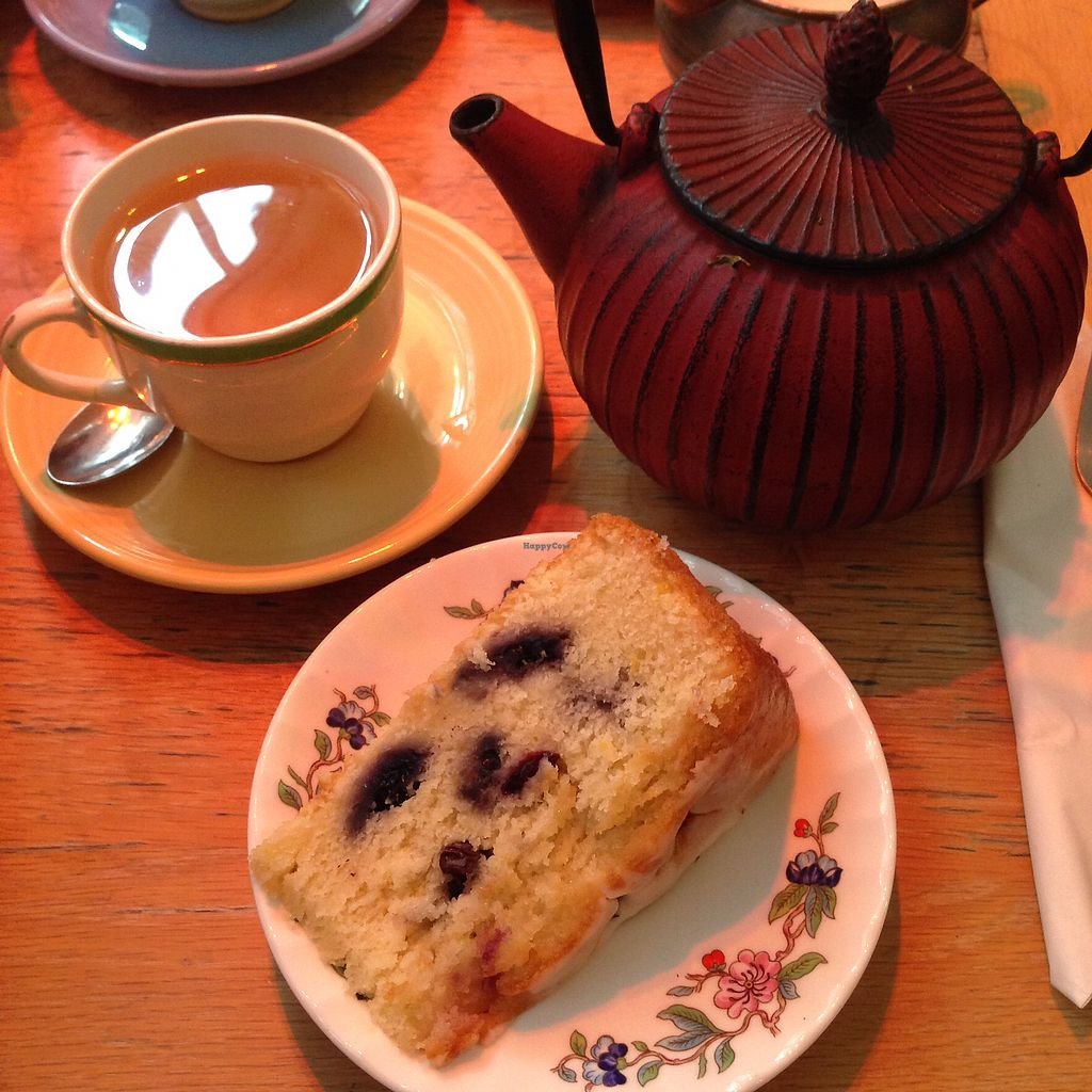 "Photo of Red Door Cafe  by <a href=""/members/profile/thisisnotjasper"">thisisnotjasper</a> <br/>Vegan lemon & blueberry cake (& ""The Tea With No Name"") <br/> November 11, 2017  - <a href='/contact/abuse/image/87065/324348'>Report</a>"