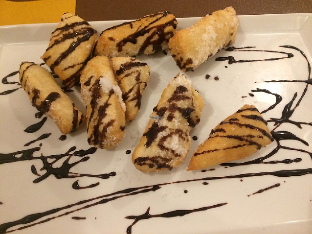 """Photo of Sciue Sciue  by <a href=""""/members/profile/FatTonyBMX"""">FatTonyBMX</a> <br/>Sugary doughnuts (that were actually pretty salty) with chocolate sauce. They told us it would be """"vegan Nutella"""", but the chocolate sauce was far from it. Still good though! Just not the Nutella doughnut I was expecting.  <br/> February 18, 2017  - <a href='/contact/abuse/image/87067/227964'>Report</a>"""