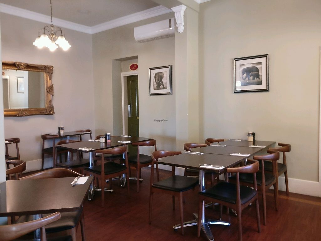 "Photo of Supreme Bar and Restaurant   by <a href=""/members/profile/Aloo"">Aloo</a> <br/>comfortable seating inside and out <br/> March 31, 2018  - <a href='/contact/abuse/image/87069/378615'>Report</a>"
