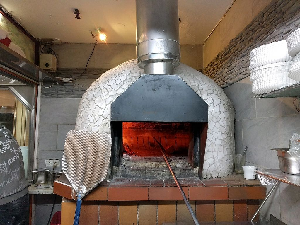"""Photo of Fiama  by <a href=""""/members/profile/GillyP"""">GillyP</a> <br/>The pizza oven! <br/> February 2, 2018  - <a href='/contact/abuse/image/87075/354151'>Report</a>"""
