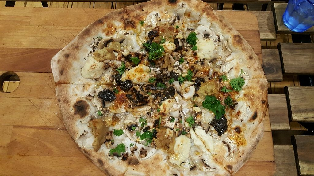 """Photo of Bancale 61  by <a href=""""/members/profile/rbp"""">rbp</a> <br/>al Bosco-delicious vegan pizza  <br/> October 26, 2017  - <a href='/contact/abuse/image/87077/319110'>Report</a>"""