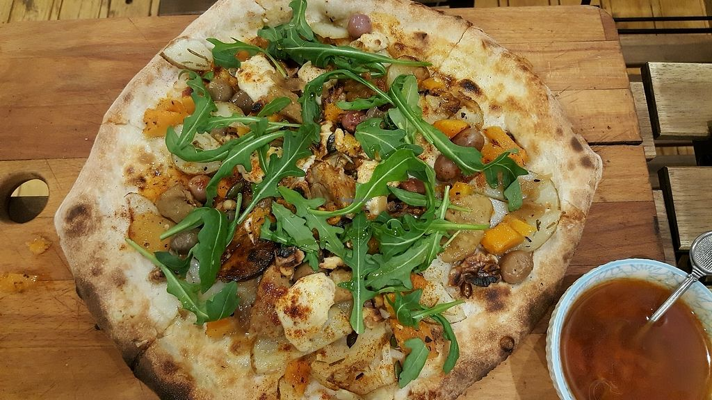 """Photo of Bancale 61  by <a href=""""/members/profile/rbp"""">rbp</a> <br/>Anastacia- delicious vegan pizza  <br/> October 26, 2017  - <a href='/contact/abuse/image/87077/319111'>Report</a>"""