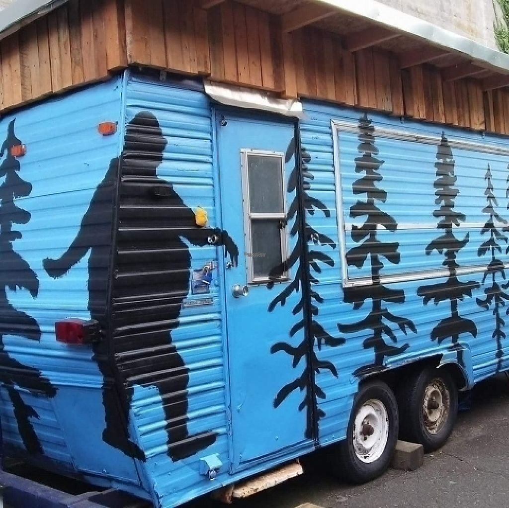 "Photo of Fatsquatch PDX - Food Cart  by <a href=""/members/profile/RenaeKathleen"">RenaeKathleen</a> <br/>Cart mural <br/> February 26, 2017  - <a href='/contact/abuse/image/87094/230812'>Report</a>"