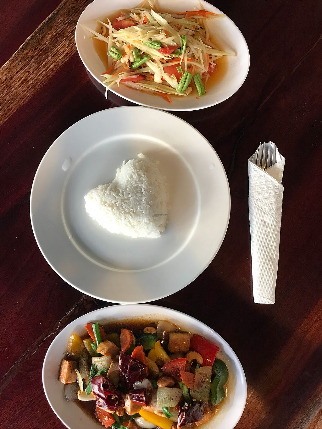 "Photo of Yo Green Restaurant  by <a href=""/members/profile/TravelVeggie"">TravelVeggie</a> <br/>Tofu cashew and papaya salad  <br/> December 11, 2017  - <a href='/contact/abuse/image/87150/334580'>Report</a>"